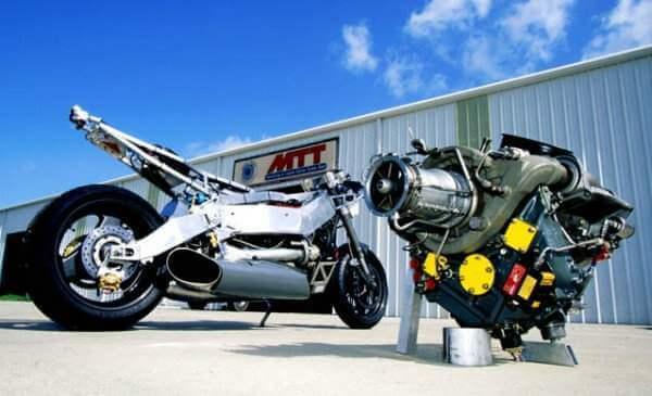 Мотоцикл MTT Turbine Superbike с газотурбинным двигателем