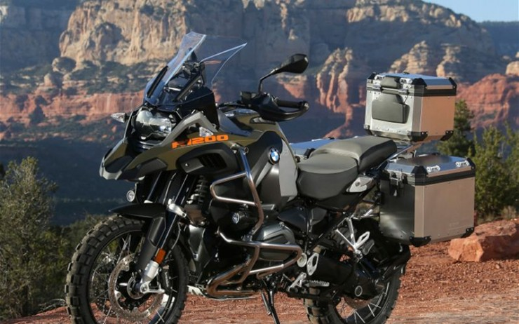 2014-BMW-R1200GS-Adventure-