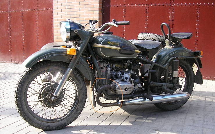 зеленый Урал Мотоцикл #11