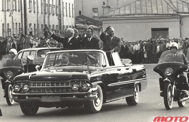Один из первых снимков мотоцикла К-650 в составе Почетного эскорта. Визит президента ЧССР Л. Свободы, 1968 год.