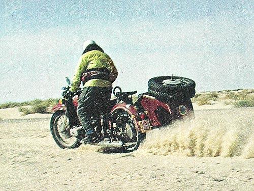 Путешествие мотоцикла Днепр по пустыне Сахара 3