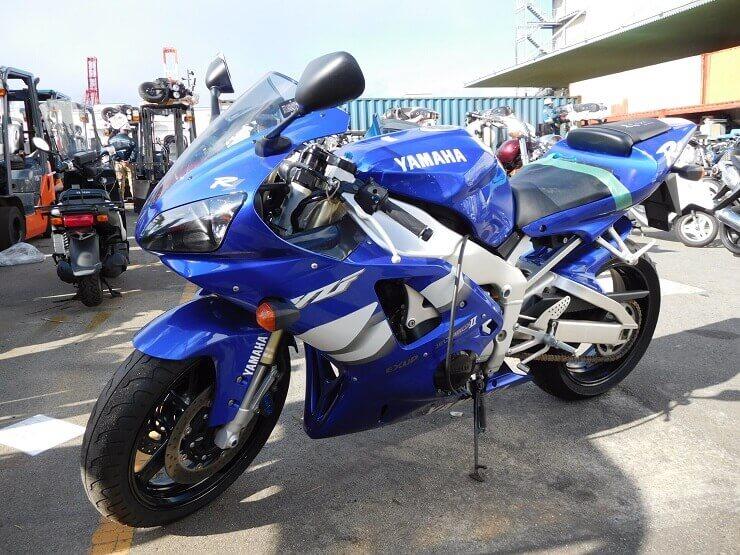 Спорт-байк Yamaha YZF-R1