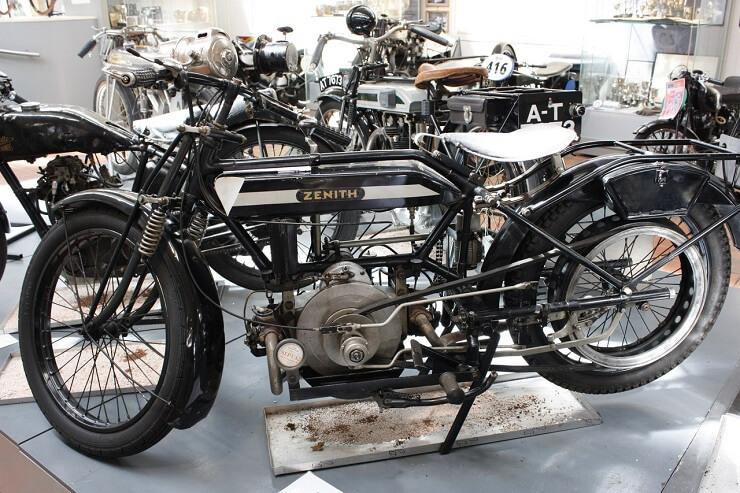 Старинный мотоцикл Градуа Гир, 1905 - 1924 Gradua Gear
