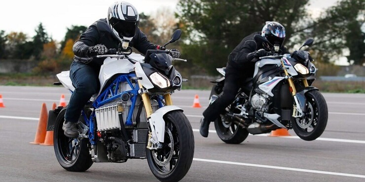 Концепт-байк с электрической силовой установкой BMW.
